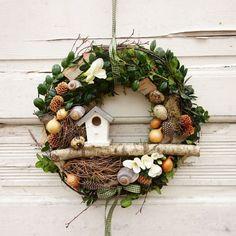 Spring wreath of Easter garland decoration Easter Spring wreath of decoration Easter . Easter Garland, Easter Wreaths, Christmas Wreaths, Christmas Decorations, Spring Door Wreaths, Summer Wreath, Wreaths For Front Door, Diy Wreath, Flower Arrangements