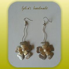 Σκουλαρίκια χειροποίητα λουλούδια απο αλπακά και ορείχαλκο!