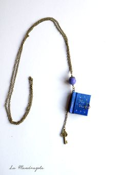 My #Diary miniature Blue #Book Necklace with bronze #key #etsy di Mandragola, €19.00