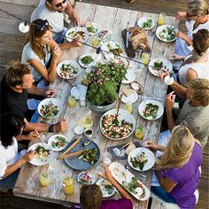 Chef Helene Henderson at Malibu Farm hosts a new year's day lunch with a menu of auspicious dishes. Instant Pot Short Ribs Recipe, Lunch Recipes, Wine Recipes, Fresco, Healthy Foods To Eat, Healthy Recipes, Short Ribs Slow Cooker, Farm Cafe, Malibu Farm