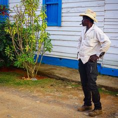 #cuba #america #travel #color #people #nature #old #streetphotographer #streetphotography #bestphoto #bestoftheday #vinales