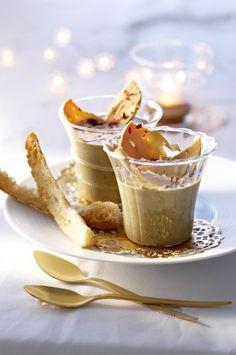 Lentil cream with foie gras Brunch Appetizers, Finger Food Appetizers, Healthy Appetizers, Finger Foods, Knafe Recipe, Soup Recipes, Cooking Recipes, Lentil Recipes, Eclairs
