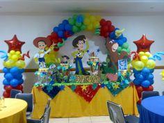 Para los fanáticos decoración de fiestas con Toy Story.