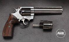 Korth 33xxx Series .357 revolver with separate 9x19mm cylinder [2500x1515]