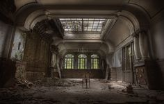 thE haunteD hotel :: by andre govia., via Flickr