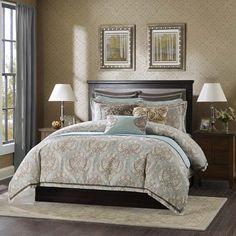 Westminster Comforter Set