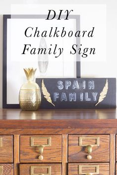 diy chalkboard family sign featuring Lily & Val Stencls Funky Home Decor, Home Decor Signs, Diy Home Decor, Chalkboard Print, Diy Chalkboard, Cool Diy Projects, Home Projects, Lily And Val, Family Signs