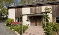 A cosy cottage in Cornwall, Penpoll is set on two levels and offers open plan living with an en-suite double and a small en-suite bunk bedroom Cornwall Cottages, Seaside Village, Falmouth, Breath Of Fresh Air, Open Plan Living, Cosy, Country, Outdoor Decor, Holiday