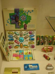 Vánoční mlsoty na stromek Retro Christmas, Christmas Ornaments, Retro 2, 1990s, Childhood Memories, Ale, Projects, Vintage, Czech Republic