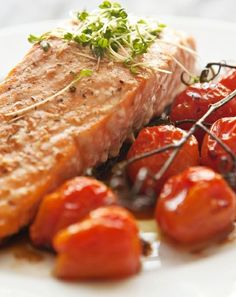 Low FODMAP and Gluten Free - Mediterranean salmon fillet  http://www.ibssano.com/low_fodmap_recipe_mediterranean_salmon_fillet.html