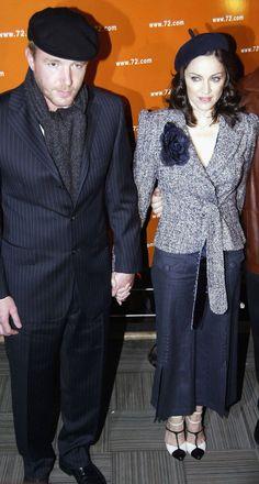 Pin for Later: De Geisha à Cow-Girl, en Passant Par Punk-Lady, Retour sur les Moments Mode les Plus Fous de Madonna  En 2003.