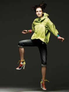 Street Sporty     -Protective Layers     -Natural/Synthetic Contrast     -Fancy/Plain Contrast     -Active Wear/Fashion