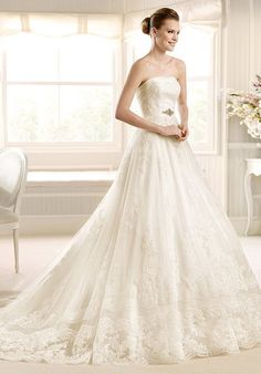Strapless a-line wedding dress with empire waist and beaded embellishments I Style: Matine I by LA SPOSA I http://knot.ly/6499BLx8Z