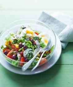 Healthy foods to eat before bed weight Good Foods To Eat, Healthy Foods To Eat, Healthy Snacks, Salad Recipes Video, Salad Recipes For Dinner, Healthy Chicken Curry, Nicoise Salad, Vegetarian Recipes, Healthy Recipes