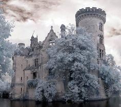 Château de la Mothe-Chandeniers, Vienne | www.omonchateau.com (c) Infraredd