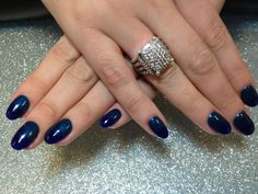 Ombré Gelish Round Nails by Varnish Nail Salon @ BeautyMark
