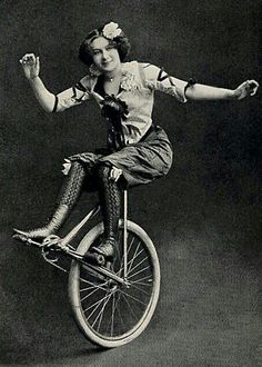 Unicycle: Vintage Photos of Circus Performers from Vintage Circus Photos, Photo Vintage, Vintage Pictures, Vintage Photographs, Vintage Images, Vintage Circus Performers, Vintage Circus Posters, Vintage Carnival, Old Circus