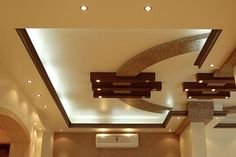 6 Smart Clever Tips: False Ceiling Hall Modern wooden false ceiling bedroom.False Ceiling Hall Modern false ceiling design for salon.False Ceiling Basement Home Theaters. Simple False Ceiling Design, Gypsum Ceiling Design, House Ceiling Design, Ceiling Design Living Room, Bedroom False Ceiling Design, False Ceiling Living Room, Home Ceiling, Bedroom Ceiling, Modern Ceiling