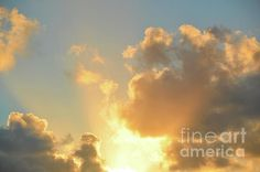 """Heavenly Light"" by Robyn King #LookTowardstheSky #cloudscape"