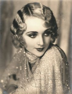 vintagesonia: Carole Lombard, Photo by William E. vintagesonia: Carole Lombard, Photo by William E. Golden Age Of Hollywood, Vintage Hollywood, Hollywood Glamour, Classic Hollywood, Carole Lombard, Vintage Glamour, Vintage Beauty, Vintage Makeup, Vintage Vogue