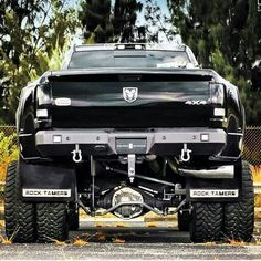 Amazing pictures & video to Dully ass. Dodge Cummins, Dodge Ram Trucks, Dodge Diesel, Dodge Dually, Dodge Pickup, Dually Trucks, Diesel Trucks, Pickup Trucks, Ram 3500 Dually