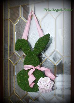 Easter Wreath. Spring Wreath. Moss Covered Bunny with Hydrangea Cotton Tail. Southern Elegance for your Easter Sunday.