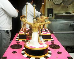 Cake Boss getting so much attention when Ace of Cakes makes cakes that are 10 times better than this. Cake Decorating Courses, Cake Decorating Tutorials, Fondant Cakes, Cupcake Cakes, Cupcakes, Stripper Cake, Bachlorette Cakes, Cake Boss Buddy, Bachelor Cake