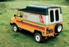 ЛуАЗ-969: джип родом із Волині, Україна. 1980-ті роки...  LuAZ-969: SUV native of Volyn, Ukraine. 1980 ...