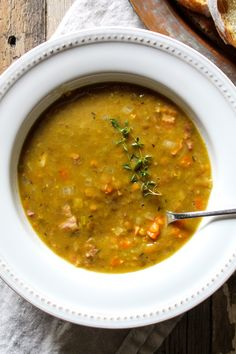 Split Pea and Lentil Soup. Hearty cool weather soup with split peas and lentils, smoky bacon and ham. On the stovetop, or in the Instant Pot. Bacon Ham Recipes, Diet Recipes, Vegetarian Recipes, Diet Meals, Crockpot Recipes, Healthy Recipes, Ham And Lentil Soup, Lentil Soup Recipes, Beer Cheese Soups