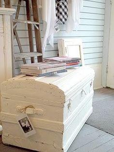 Idee romantiche per utilizzare una cassapanca nella tua casa.