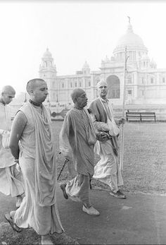 Srila Prabhupada discusses the early days of Back to Godhead Magazine in the US