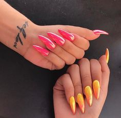 In search for some nail designs and ideas for the nails? Here's our list of 30 must-try coffin acrylic nails for fashionable women. Dope Nails, Nails On Fleek, Gorgeous Nails, Pretty Nails, Perfect Nails, Finger, Best Acrylic Nails, Nail Games, Chrome Nails