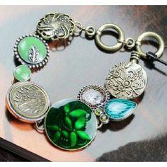 Inlaid rhinestones flowers bracelet