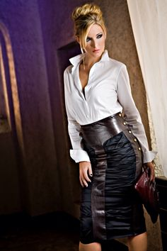 Hott in leather. White Shirt Outfits, White Shirts, Sexy Outfits, Sexy Dresses, Leather Dresses, Leather Skirts, Beauty Full Girl, Satin Skirt, Blouse And Skirt