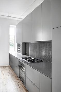 Light grey kitchen with light wood floors / Anne Sophie Goneau Design / Espace St-Dominique, Montreal Grey Kitchen Floor, One Wall Kitchen, Modern Grey Kitchen, Grey Kitchen Designs, Grey Kitchens, Kitchen Layout, Kitchen Flooring, New Kitchen, Home Kitchens