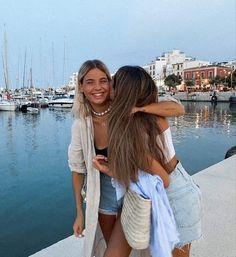 Foto Best Friend, Best Friend Photos, Best Friend Goals, Friend Pics, Photo Adolescent, Urbane Fotografie, Photos Bff, Beach Photos, Foto Fashion