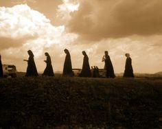 Nuns (via comandaicoane. First Novel, Heaven On Earth, Christianity, Novels, Couple Photos, World, Couple Shots, Couple Photography, The World