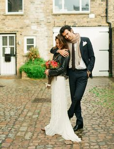 Notting Hill Love Shoot by, Lindsay Madden Photography & Chic Weddings in Italy