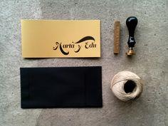 Invitación de boda, invitación, sobre, sello, lacre, cuerda de bala,... http://quetonodeverde.blogspot.com.es/2013/08/invitacion-boda-marta-y-edu.html