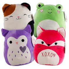 These super soft Squishmallow™ plush toys are made with a soft, velvety fabric that you'll love to cuddle and squeeze. Kids Bedroom Dream, Dog Room Decor, Dog Rooms, Cute Stuffed Animals, Cute Pillows, Animal Pillows, Birthday Presents, Plushies, Cuddling