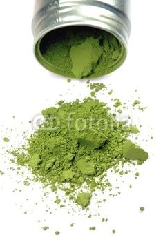 Matcha Teepulver mit Dose, grüner Tee, Grüntee, Pulvertee - green tea, teapowder, Fotolia