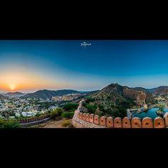 The hidden #Jewels  of Jaipur. . .  Picture Credit  @sidkejriwal . . .  Tags . . . . .  #rajasthan #jaipur #beautifuljaipur #indiapictures #indiantravelsquad #india #incredibleindia #nikon #iamnikon #natgeo #natgeotravel #yourshotphotographer #lonelyplanet #landscape #landscapephotography #landscaper #goodshotzimages #india_undiscovered #indiaclicks #dslrofficial #official_photography_hub #vicivisuals #rajasthanblogin #travel #wanderlust #beautifuldestinations #mharo__rajasthan