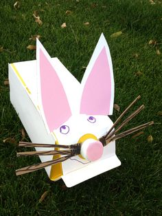 Got an empty milk carton? Turn it into a bunny for Easter! A great idea from @Box Play for Kids!