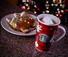 """Starbucks muggar, den här var en fin """"julmugg"""" men behöver inte vara jul tema"""