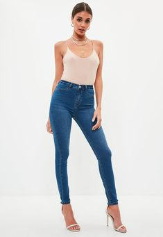 Missguided - Blue Lawless Zip Back Super Soft Stone Wash Jeggings Portrait Photography Poses, Photography Women, Leggings And Heels, Photoshoot Concept, Fashion Model Poses, Figure Poses, Standing Poses, Fashion Figures, How To Pose