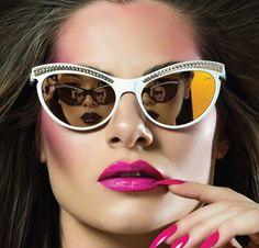 Eu uso óculos!!! - http://www.damaurbana.com.br/eu-uso-oculos-de-sol-e-de-grau/