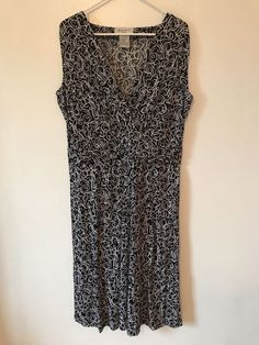 NINE WEST Woman Dress Plus Size 1X Black White Scrolls Poly Spandex Sleeveless #NineWest