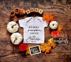 Fall Baby Announcement Reveal for Social Media It's that time of the year.Autumn Fall Baby Announcement Reveal for Social Media It's that time of the year. NEW YEAR'S Baby Announcement Digital Pregnancy Thanksgiving Pregnancy Announcement, Fall Pregnancy Announcement, Cute Baby Announcements, Baby Announcement Pictures, Pregnancy Info, Halloween Baby Announcement, Pumpkin Pregnancy Announcement, Funny Pregnancy, Baby Pregnancy