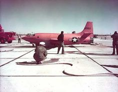 X1 Ground Test.Chuck Yeager flies this plane to be the first to break the sound barrier.