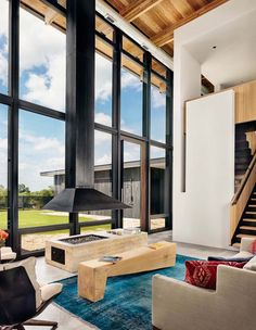 beautifully designed contemporary retreat is the work of Michael Hsu Office of Architecture in collaboration with Laura Roberts Design, located in the city of Llano, Texas.